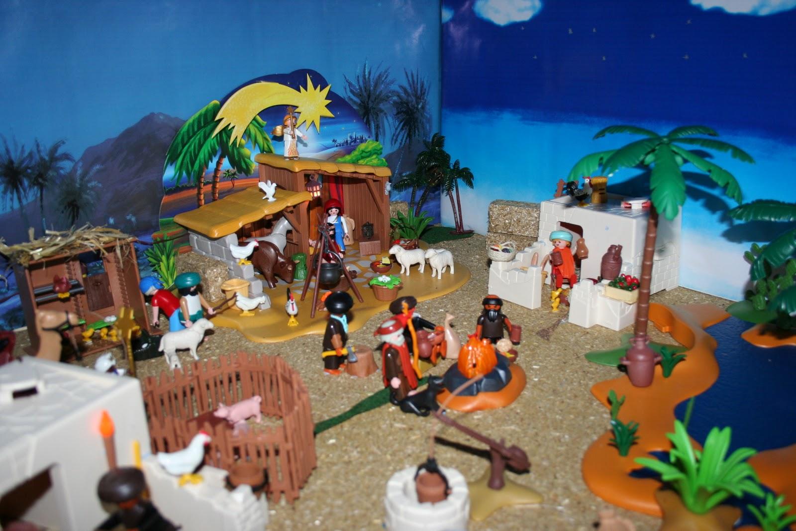Bel n de playmobil una estupenda alternativa de decorar for Como decorar un belen de navidad